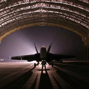 hangar-jet-aircraft-fighter